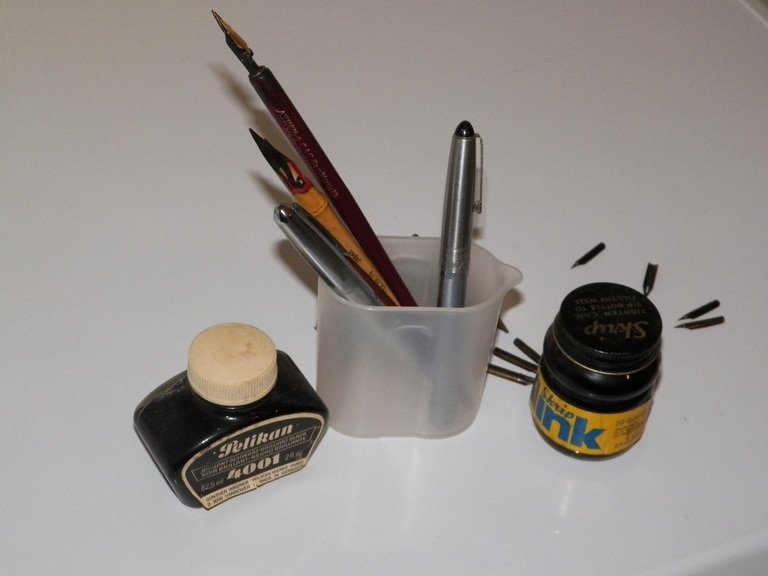 Best Calligraphy Pens and Ink